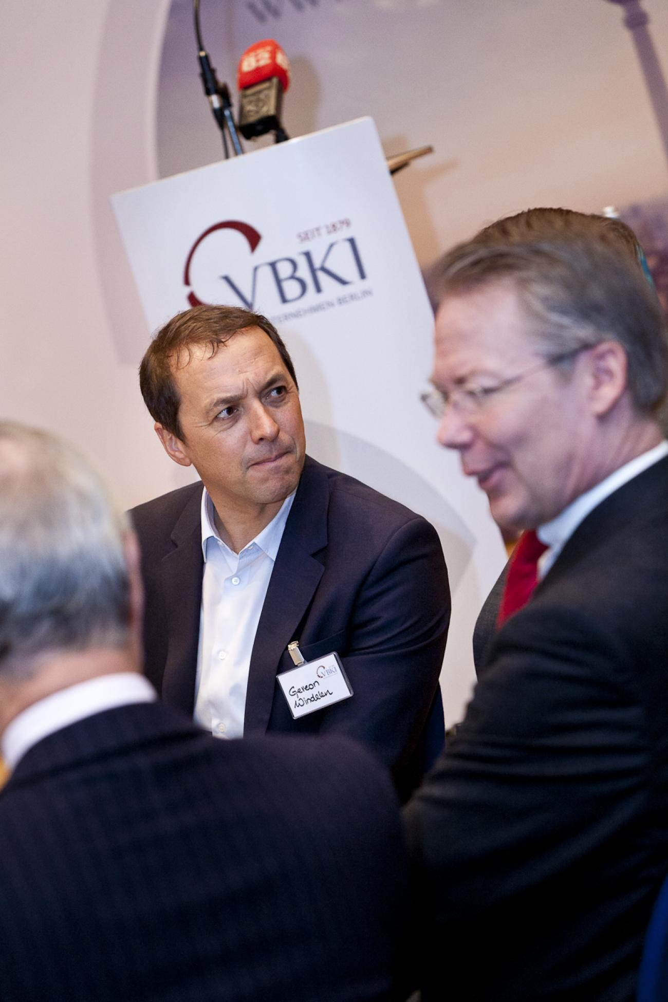 050 Business Breakfast VBKI 27022013 Inga Haar?itok=WxDRoZ0v