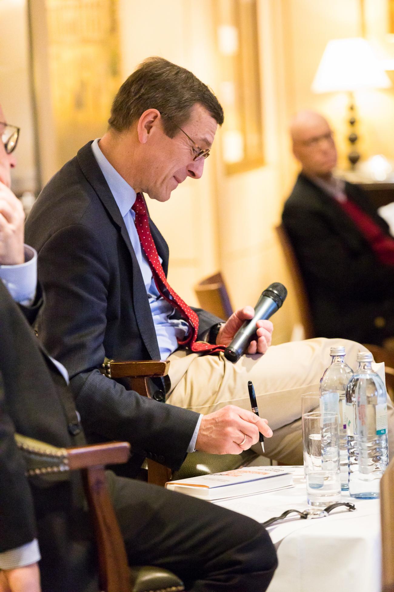 041 VBKI Foreign Policy Lunch Deutschland BF Inga Haar web?itok=JCzqCUOd
