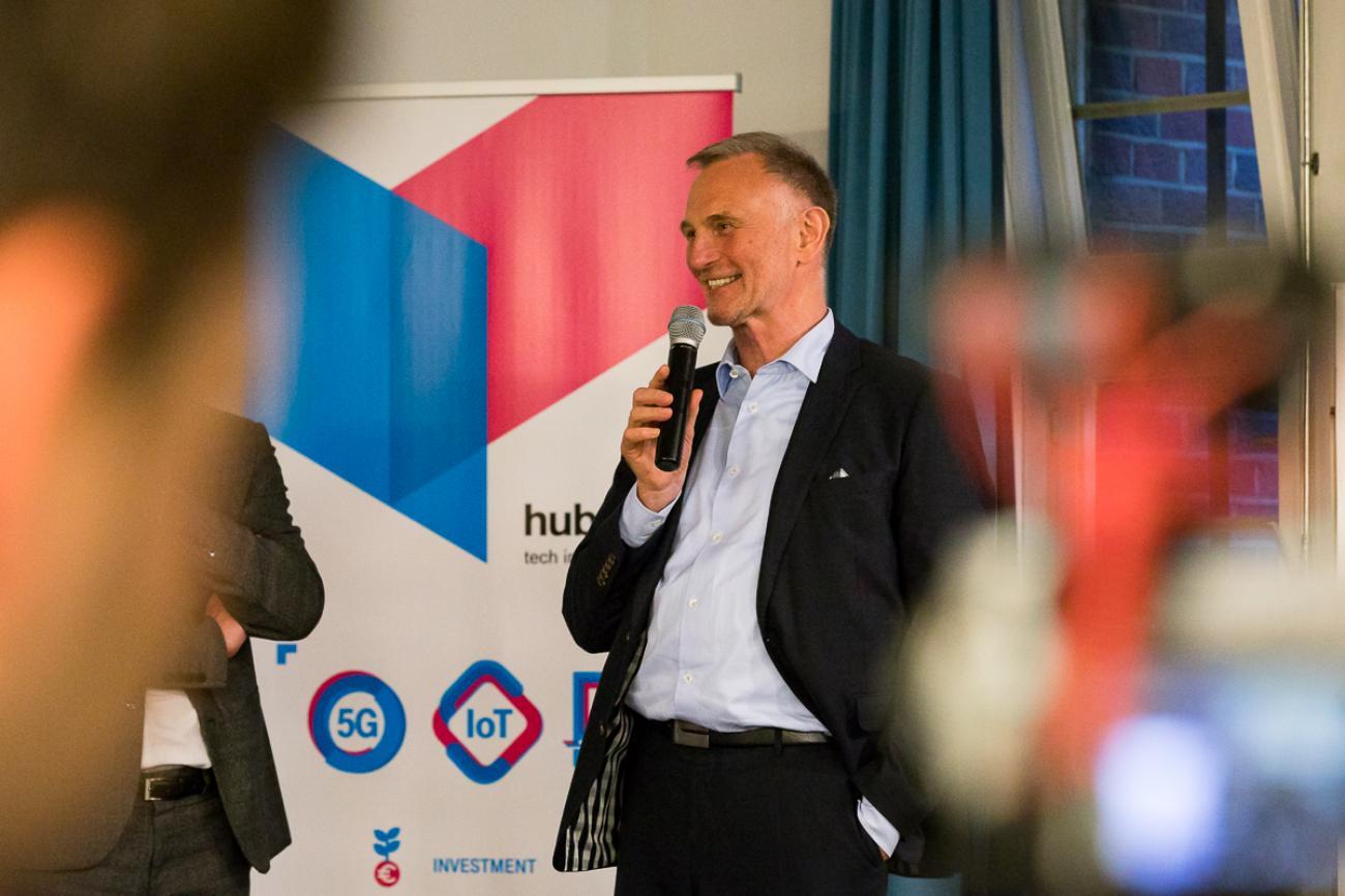 094 VBKI Netzwerken Start-Up-Pitch-Abend BF Inga Haar web?itok=zYfHRPWU