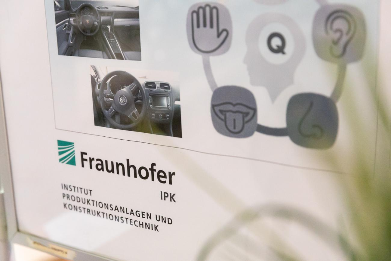 106 VBKI Politik u Wirtschaft Macht BF Inga Haar web?itok=6SI9gJbN