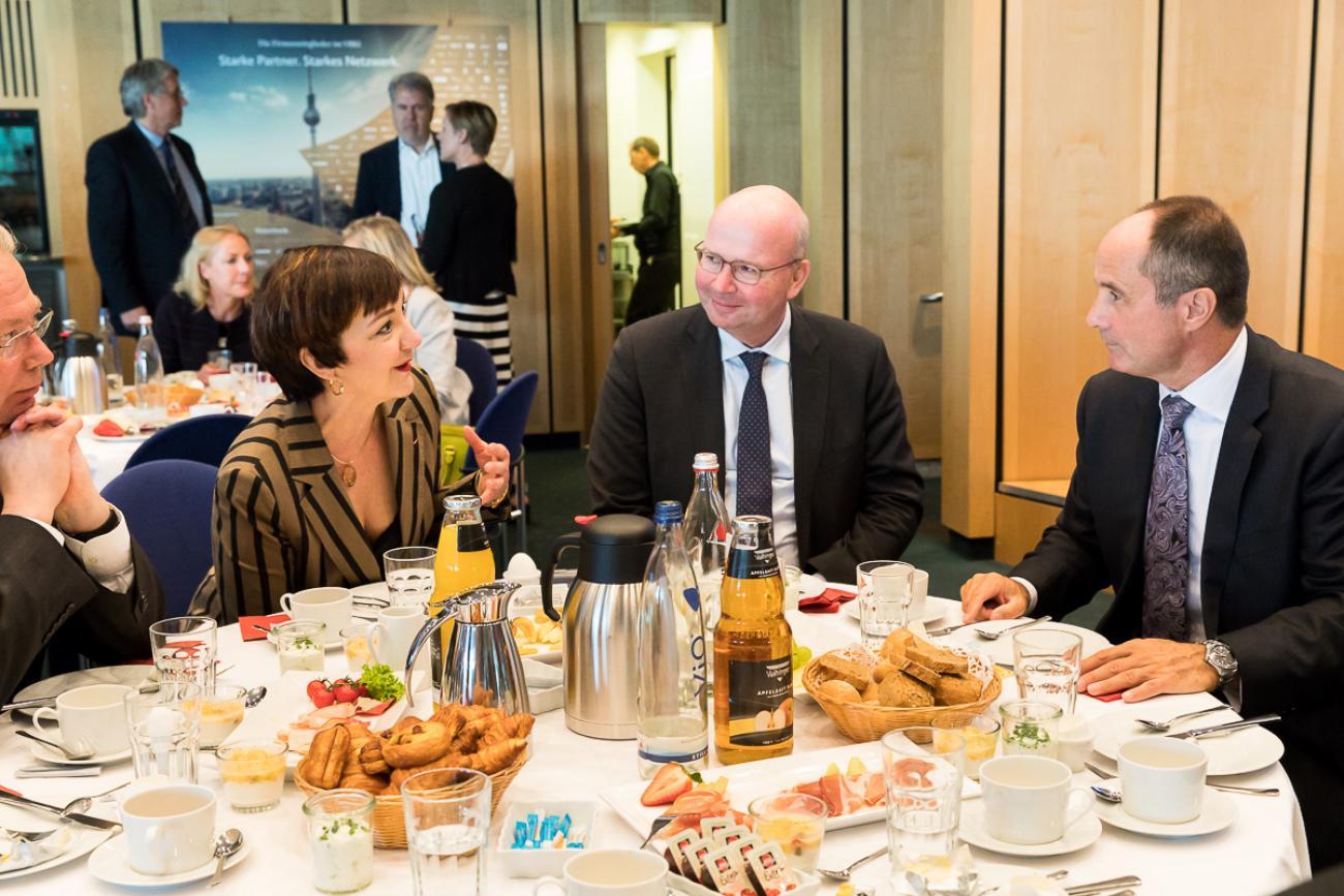 20180420 VBKI Business Breakfast Dieter Weinand Bayer AG 228 BF Inga Haar web?itok=M8REW Jl