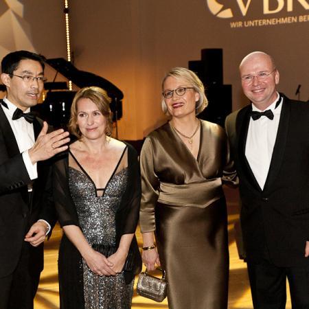 031 VBKI Ball Businessfotografie Inga Haar 2013?itok=hvtVcNnF