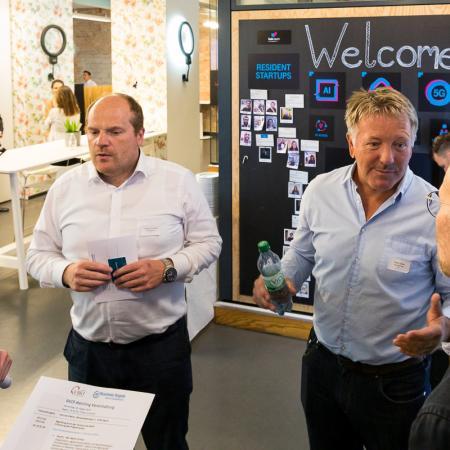 001 VBKI Netzwerken Start-Up-Pitch-Abend BF Inga Haar web?itok=Uei41 42
