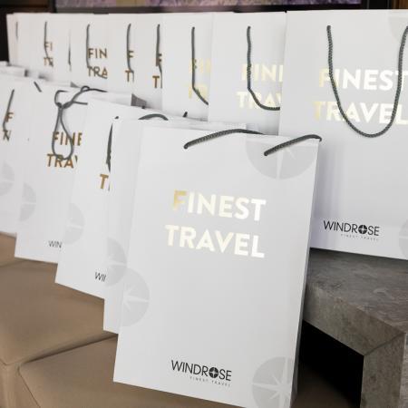 002 VBKI Members Lounge WINDROSE Finest Travel BF Inga Haar web?itok=BfrHcAdI