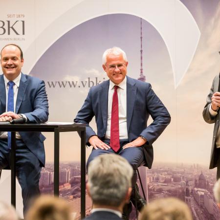 012 VBKI Politik u Wirtschaft Deutsche Politik BF Inga Haar web?itok=ISx4mUp6