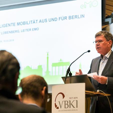 012 VBKI Politik u Wirtschaft E-Mobility BF Inga Haar web?itok=W3Jr49Q