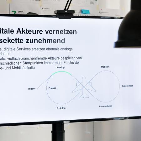 016 VBKI Unterwegs Lufthansa Innovation Hub BF Inga Haar web?itok= whoRwMV