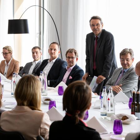 023 VBKI Leaders Lunch Hartmut Dorgerloh BF Inga Haar web?itok=l5OYRpF7