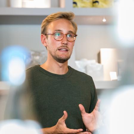 026 VBKI Unternehmertreffen Zenjob BF Inga Haar web?itok=zpIPlx1t