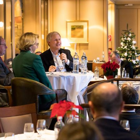 032 VBKI Foreign Policy Lunch Frankreich GER BF Inga Haar web?itok=xxThWx-g