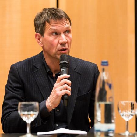 032 VBKI Politik u Wirtschaft Breitbandausbau BF Inga Haar web?itok=jNitvSm9