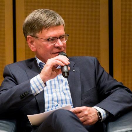 032 VBKI Politik u Wirtschaft E-Mobility BF Inga Haar web?itok=PrZA1ENj