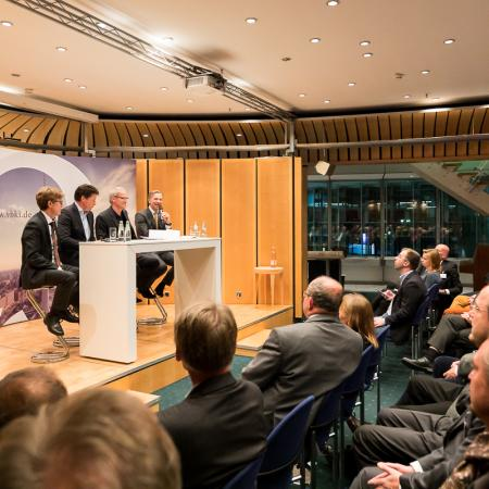 036 VBKI Politik u Wirtschaft Air-Infarkt BF Inga Haar web?itok=-KRziZ6w