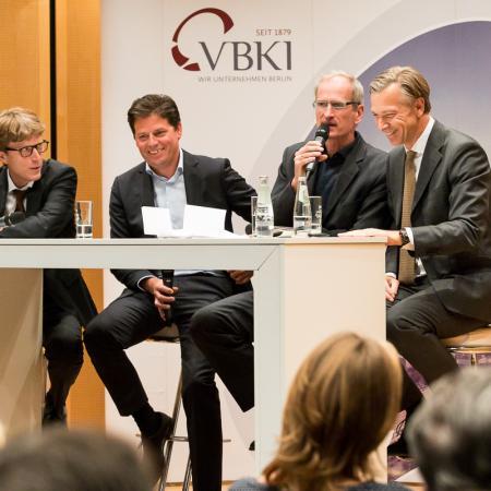 038 VBKI Politik u Wirtschaft Air-Infarkt BF Inga Haar web?itok=xPCNi-Wz
