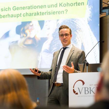 039 VBKI Politik u Wirtschaft Generation Z BF Inga Haar web?itok=RV6wrJlu