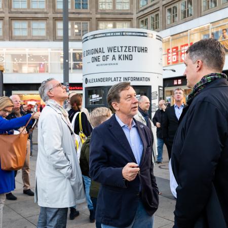 04 VBKI Politik u Wirtschaft Alexanderplatz BF Inga Haar web?itok=zlReyRFH