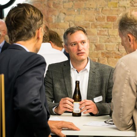 056 VBKI Netzwerken Start-Up-Pitch-Abend BF Inga Haar web?itok=qdlwjqUB