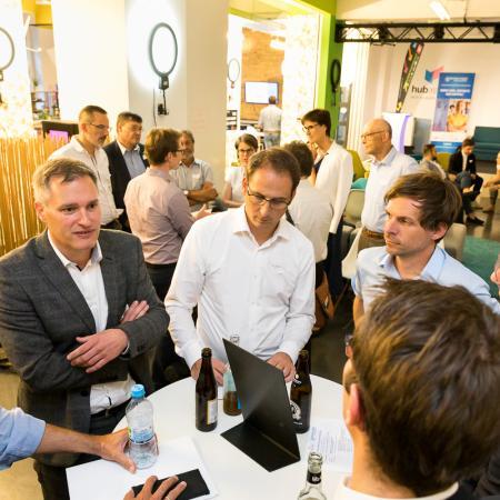 071 VBKI Netzwerken Start-Up-Pitch-Abend BF Inga Haar web?itok=vtXIB0aS