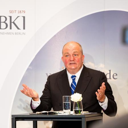 077 VBKI Hauptstadtsymposium BERLIN 2037 BF Inga Haar web?itok=HuMCsb3J