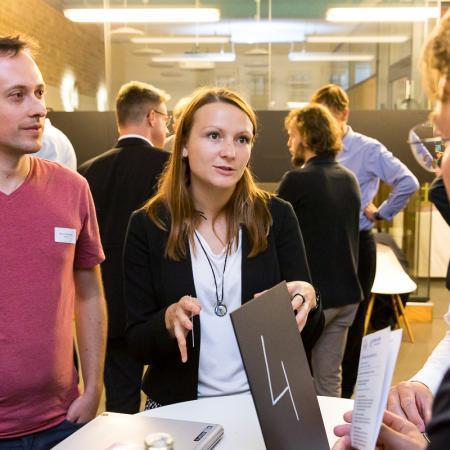 078 VBKI Netzwerken Start-Up-Pitch-Abend BF Inga Haar web?itok=YYTJLB5L