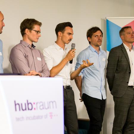 089 VBKI Netzwerken Start-Up-Pitch-Abend BF Inga Haar web?itok=M0 tyGl4