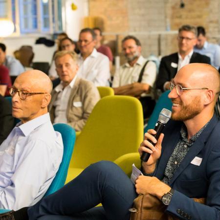091 VBKI Netzwerken Start-Up-Pitch-Abend BF Inga Haar web?itok=g2BFLj9h