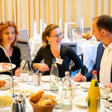 11 VBKI Business Breakfast Ralph Brinkhaus BF Inga Haar web?itok=dptuBjNK