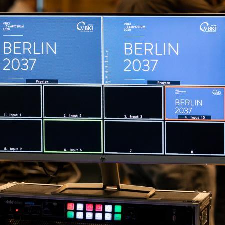 121 VBKI Hauptstadtsymposium BERLIN 2037 BF Inga Haar web?itok=Xhfx4Lb4