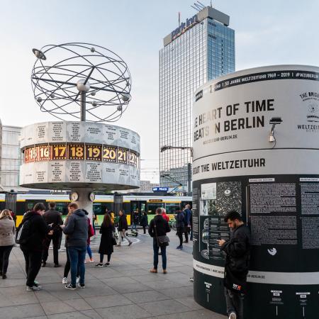 16 VBKI Politik u Wirtschaft Alexanderplatz BF Inga Haar web?itok=p0iW52A0