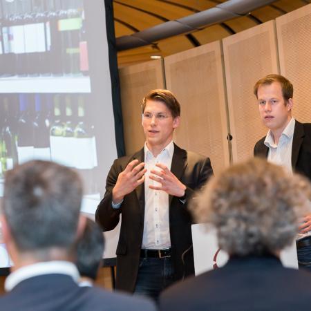 20140527 VBKI Unternehmertreffen Wine in Black 73 Inga Haar web?itok=sIxu1BP5
