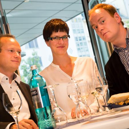 20140909 VBKI M Lounge Wein Rheingau 064 Inga Haar web?itok=tgDGClNP