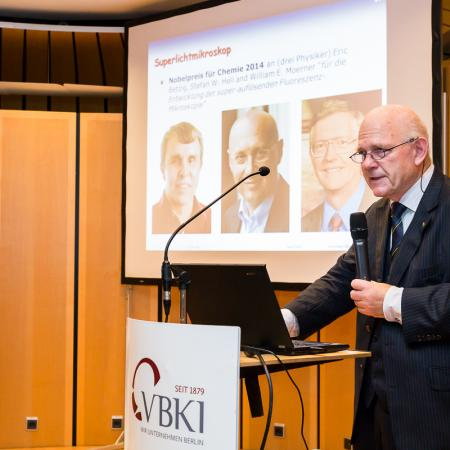 20141113 VBKI Verleihung Wissenschaftspreis  165 Inga Haar web?itok=eKmVSFSi