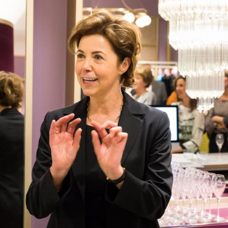 20180201 VBKI Unterwegs Talbot Runhof Boutique 086 BF Inga Haar web?itok=DRcBIEzq