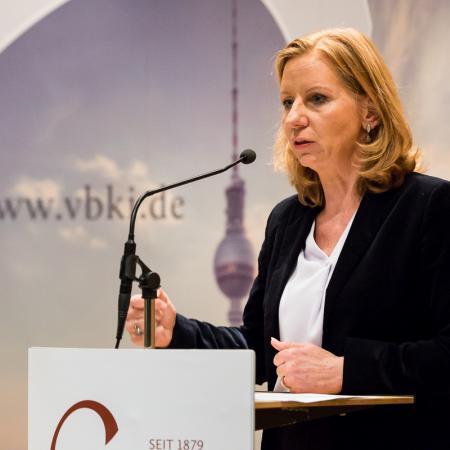 20180307 VBKI Berlin im Fokus rbb Patricia Schlesinger 100 BF Inga Haar web?itok=B30BP9HV