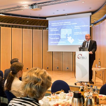 20180420 VBKI Business Breakfast Dieter Weinand Bayer AG 066 BF Inga Haar web?itok=7s0DgEXY