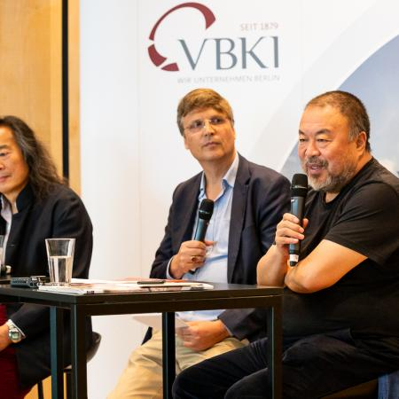 24 VBKI Arts and Politics Ai Weiwei and Lian Yang BF Inga Haar web?itok=DcFEAaAy