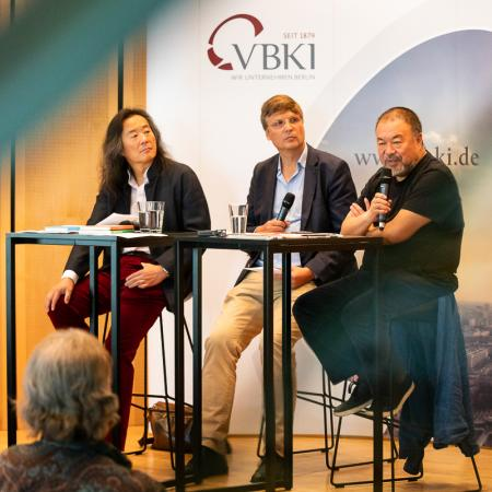 27 VBKI Arts and Politics Ai Weiwei and Lian Yang BF Inga Haar web?itok=ZLHsP7a1