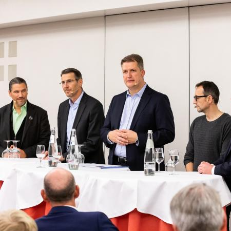 41 VBKI Politik u Wirtschaft Alexanderplatz BF Inga Haar web?itok=Rkog71z9