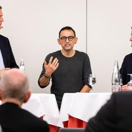 48 VBKI Politik u Wirtschaft Alexanderplatz BF Inga Haar web?itok=VoWPAvcy