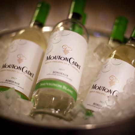 In vino veritas by Berlin Capital Club & VBKI Château Mouton Rothschild (5)?itok=athrL1E1