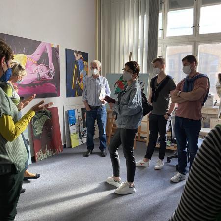 VBKI Kulturell Zu Besuch in den XTRO Ateliers (33)-min?itok=BblCWo 1