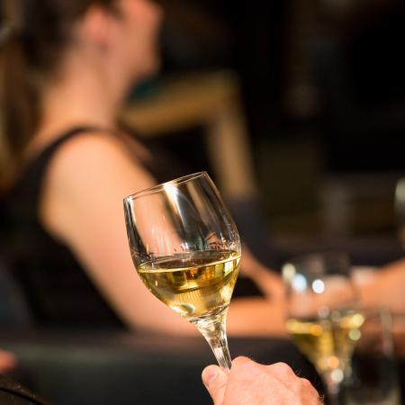20150519 VBKI M Lounge Wein Wuerttemberg 054 Inga Haar web?itok=rkCJpBBF