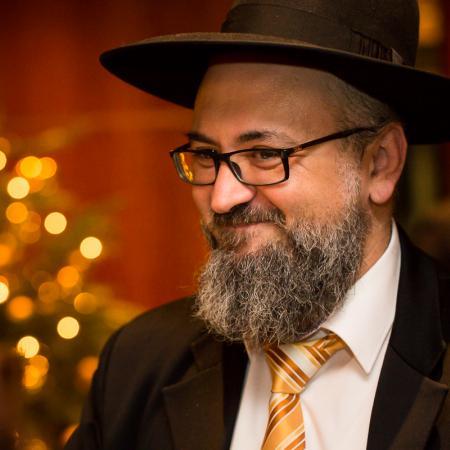 20161214 VBKI Members Lounge Ein Kosher-Abend 047 BF Inga Haar web?itok=CKIMwoo0
