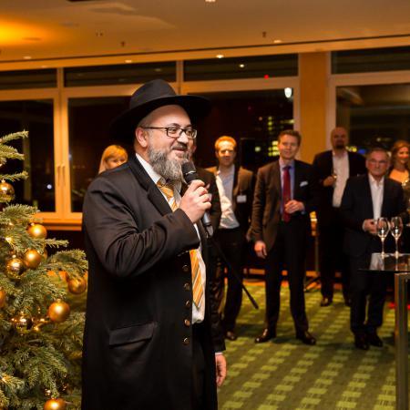20161214 VBKI Members Lounge Ein Kosher-Abend 080 BF Inga Haar web?itok=e3XPKnjG