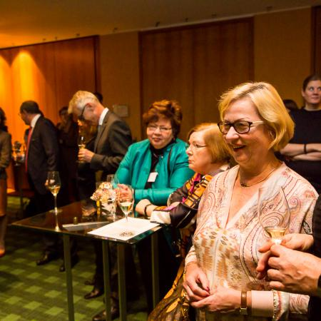 20161214 VBKI Members Lounge Ein Kosher-Abend 105 BF Inga Haar web?itok=TVy6LXIr