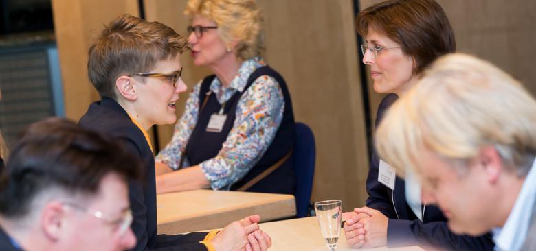 business speed dating ablauf Werden sie alumni alumni mse (senem) alumnifeiern an der fakultät firmen-speed-dating jobs und praktika career center zeitlicher ablauf verantwortlicher.