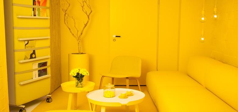 Raumhaus Members Lounge 780x366?itok=Tq4p2EzG