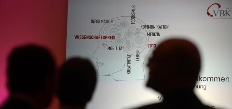 Wissenschaftspreis 0?itok=8uksYYN4